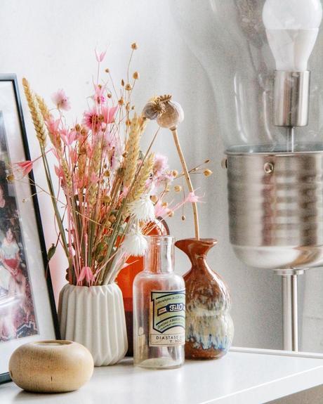 déco champêtre vintage fleurs séchées vase blanc origami