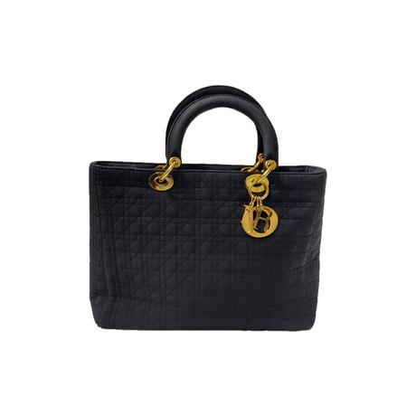 Acheter un sac de luxe vintage : L'étoile de Saint-Honoré