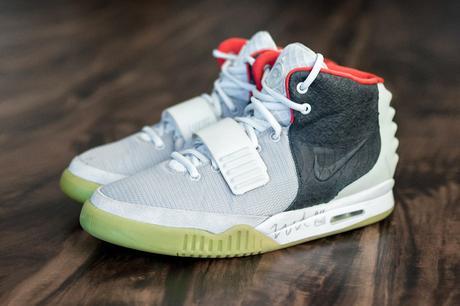 """Ce sample d'une Nike Air Yeezy 2 """"Mismatch"""" est unique au monde"""