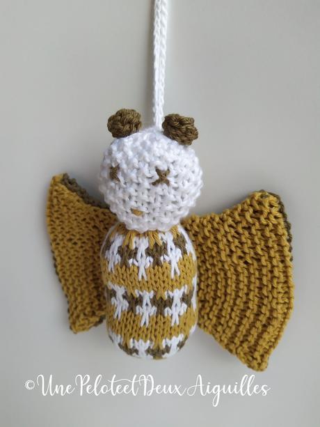 Tricoter une suspension sonore pour tapis d'éveil bébé - Le chauve-pillon