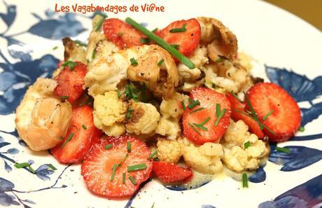Salade de chou-fleur rôti aux langoustines et aux fraises