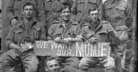 Vignacourt : 4 000 photos de soldats de 14-18 dans un grenier !