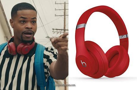 SNEAKERHEADS : Bobby's red Over‑Ear Headphones in S1E01