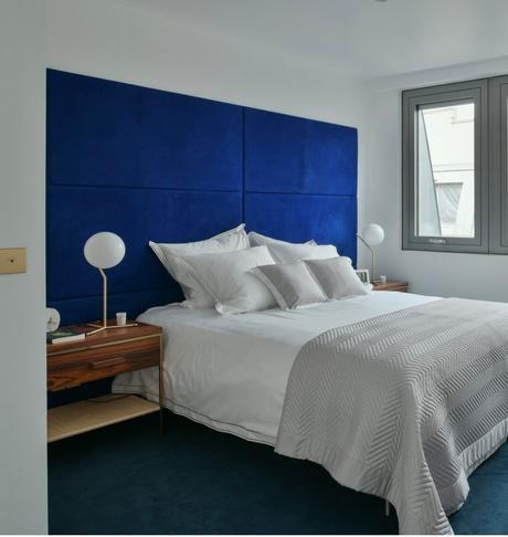 8 campagne première chambre tête de lit bleue canard roi velours