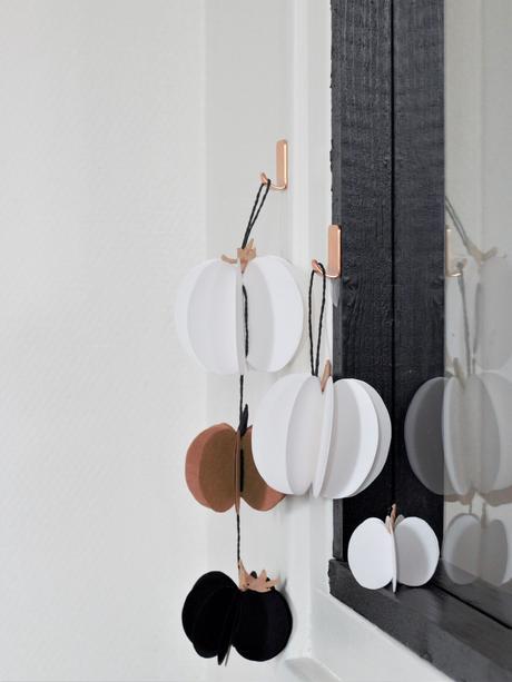 guirlande halloween à faire soi-même déco en papier pour décorer miroir