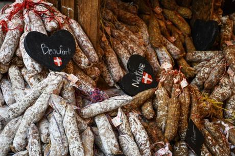 Produits du terroir au Marché à Annecy © French Moments