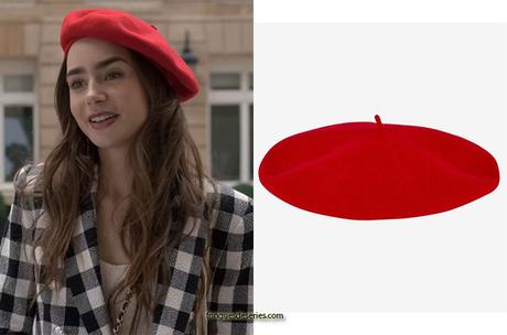 EMILY IN PARIS : Emily's red beret in S1E03