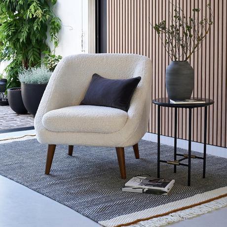 fauteuil vintage assise moelleuse mouton tendance - blog déco - clematc