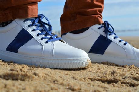 Sneakers JULES & JENN : Lacets coordonnés bleus
