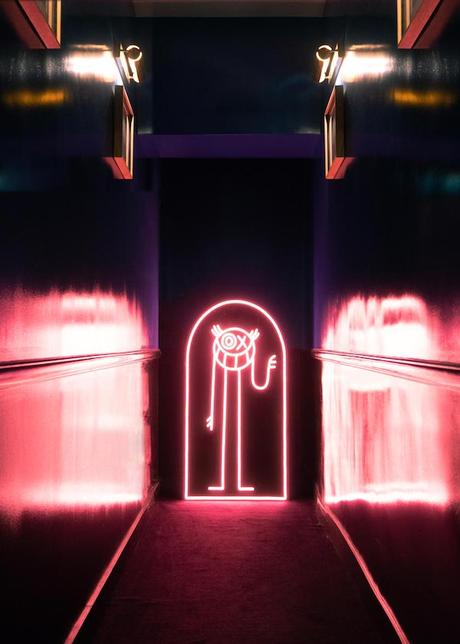 yellowpop-andre-neon-light-collection-10