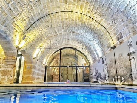 Hotel La lanterne Paris, le charme du quartier latin avec piscine