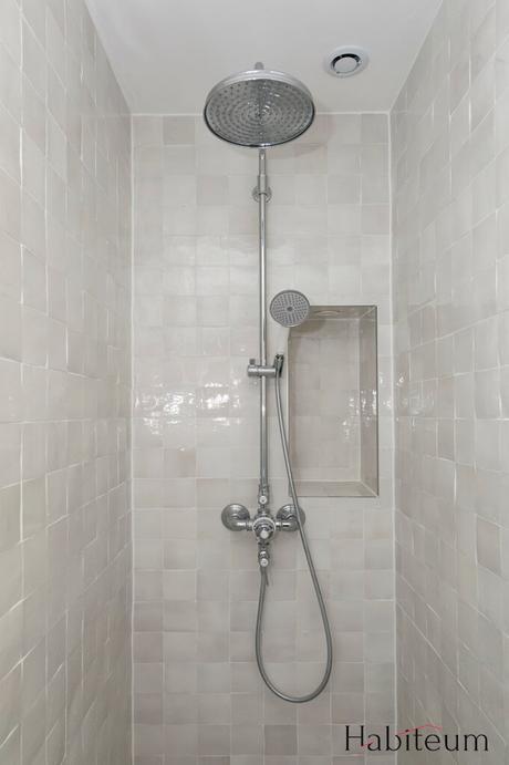 douche italienne grise claire zellige pluie maison à Saint Germain en Laye