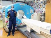 Takashi Murakami créé chambre d'hôpital pour enfant