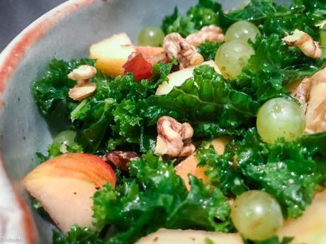 Pas de long discours – Salade automnale de kale aux noix