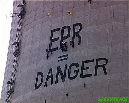 Nouvel incident nucléaire au Tricastin : Greenpeace demande un débat national et la suspension du programme EPR.