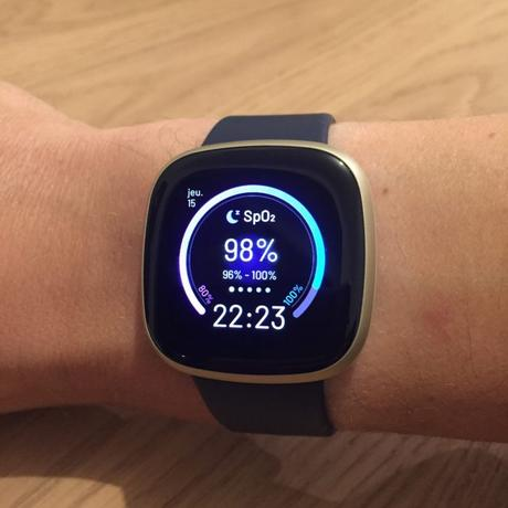 Fitbit Versa 3 suivi activité
