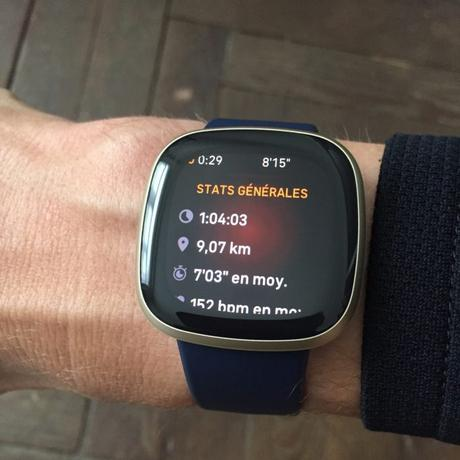 Fitbit Versa 3 running