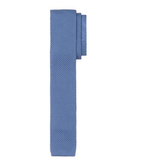 cravate bleue homme