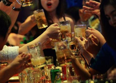 Culture de beer garden au Vietnam