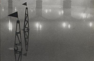 Le Pont des Arts dans le brouillard