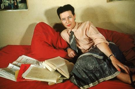 Simone de Beauvoir ou le génie féminin II. Le double discours féministe