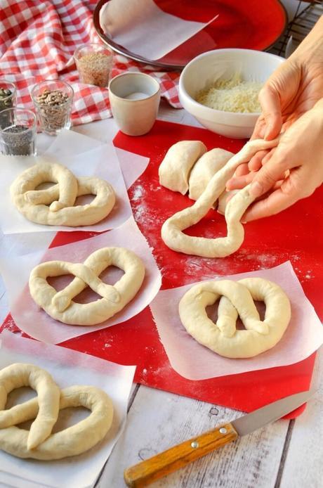 préparation tuto cuisine petit pain marché Noël Strasbourg gros sel