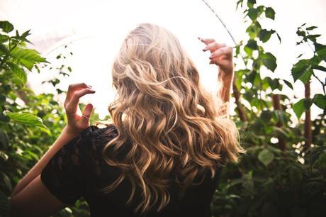 Avoir de beaux cheveux : mes conseils …