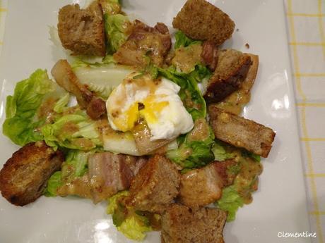 Salade Lyonnaise comme dans les Bouchons Lyonnais