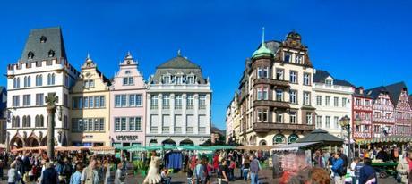 Trier Marktplatz © Lokilech - licence [CC BY-SA 3.0] from Wikimedia Commons