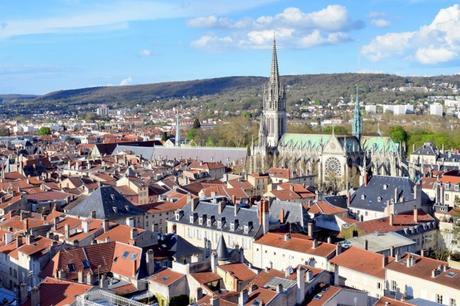 L'église Saint-Epvre et les toits de la vieille-ville de Nancy © French Moments