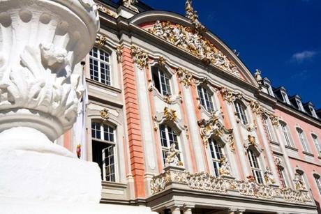 Palais des Electeurs de Trèves © Dietrich Krieger - licence [CC BY-SA 3.0] from Wikimedia Commons