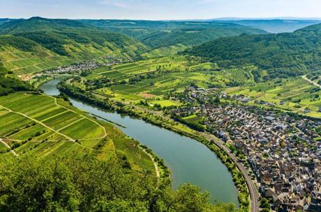 Bremm et la Moselle vue du vignoble de Calmont © Lightboxx via Twenty20