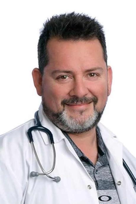 Devenir médecin… grâce aux échecs