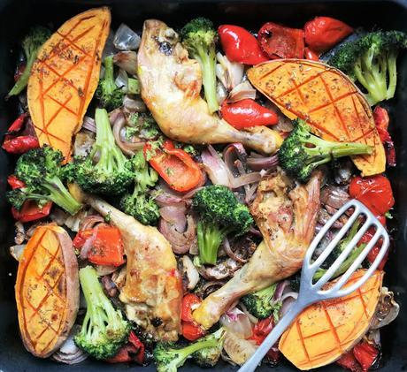 Cuisses de poulet aux patates douces, poivron & brocoli