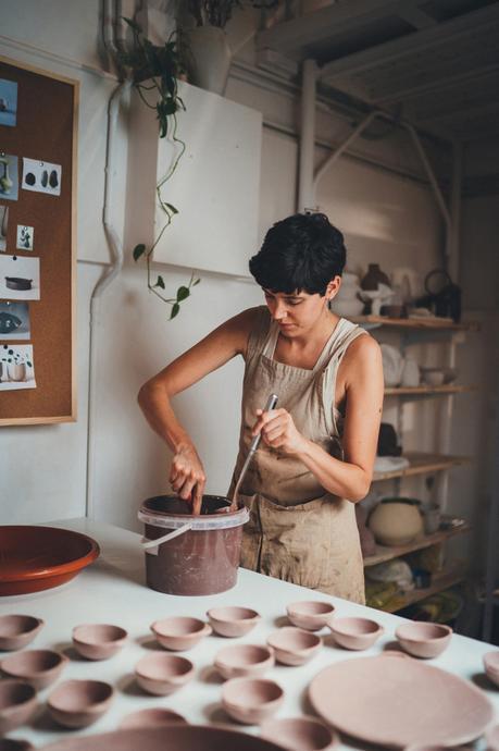 Lisa Allegra, la céramique entre jeux de contrastes et d'équilibre