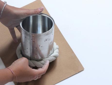 objet détourné déco vase boite métallique idée