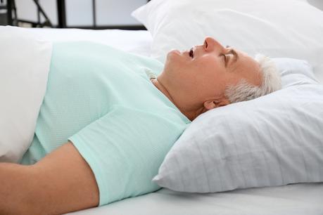 La fréquence respiratoire nocturne est riche de sens lorsque la personne souffre d'arythmie (Visuel Adobe Stock 361703683)