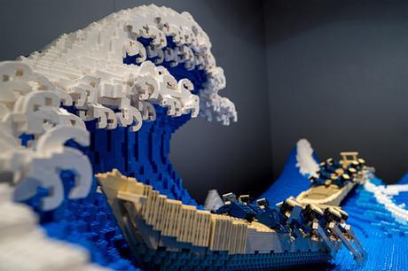 Un artiste recréé la « Grande vague » d'Hokusai en LEGO