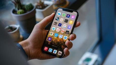 Les iPhone perdent deux fois moins vite leur valeur que les Android