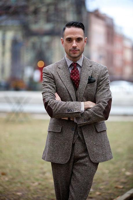 Tweed Three-Piece Suit - Brown Tweed Suit - He Spoke Style | Brown tweed  suit, Tweed men, Three piece suit