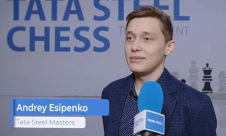 A 18 ans, Andrey Esipenko bat le champion du monde d'échecs Magnus Carlsen