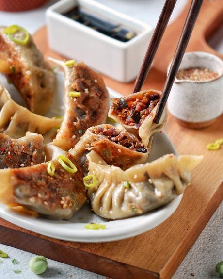 idée recette végétarienne raviolis japonais originale