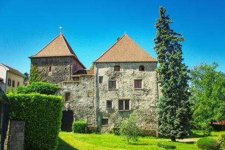 Maison forte à Thonon-les-Bains © French Moments