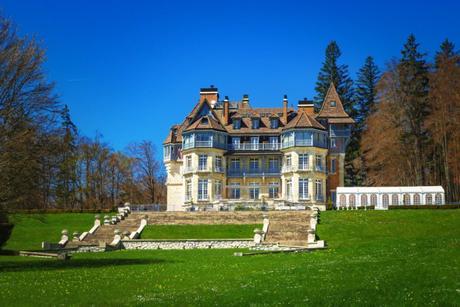 Château des Avenières © French Moments