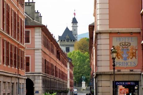 Château des ducs de Savoie à Chambéry © French Moments