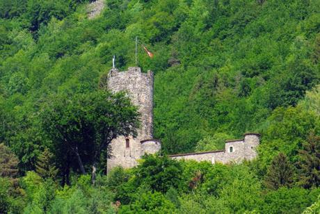 Châteaux de Savoie : Feissons-sur-Isère © French Moments
