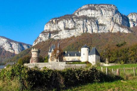 Châteaux de Savoie : la Bathie © Pascal Blachier - licence [CC BY 2.0] from Wikimedia Commons