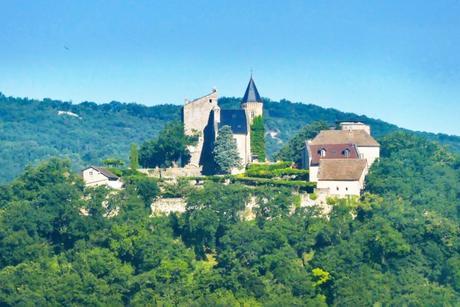 Châteaux de Savoie : Châtillon à Chindrieux © Florian Pépellin - licence [CC BY-SA 4.0] from Wikimedia Commons