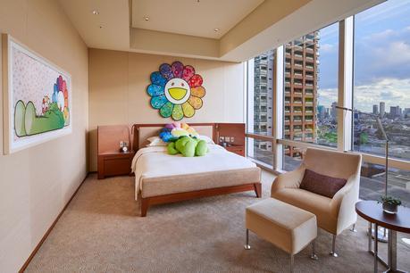 Takashi Murakami décore sa propre chambre d'un hôtel à Tokyo