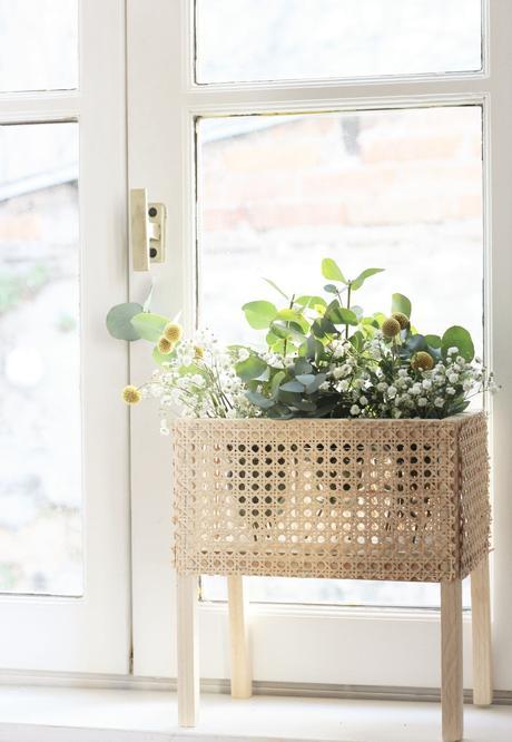 fabriquer jardinière d'intérieur sur pied bois déco clemaroundthecorner